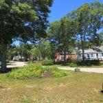 Harbor Village Center Island Garden